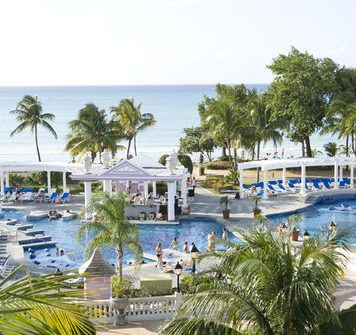 riu-palace-tropical-bay
