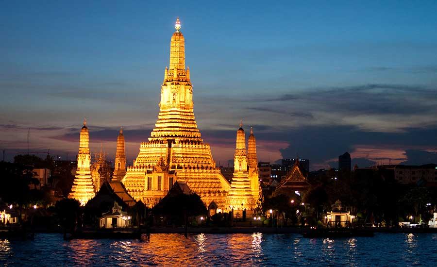 Wat Arun di sera - MERAVIGLIOSO!