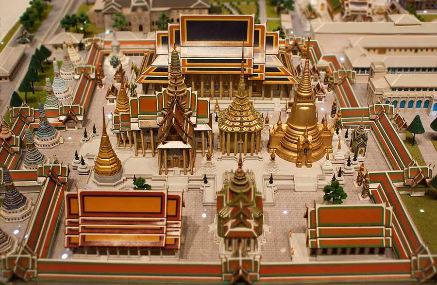 Wat Phra Kaew modello un scala