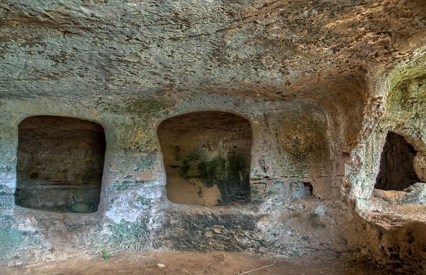 necropoli dell'Anghelu Ruju