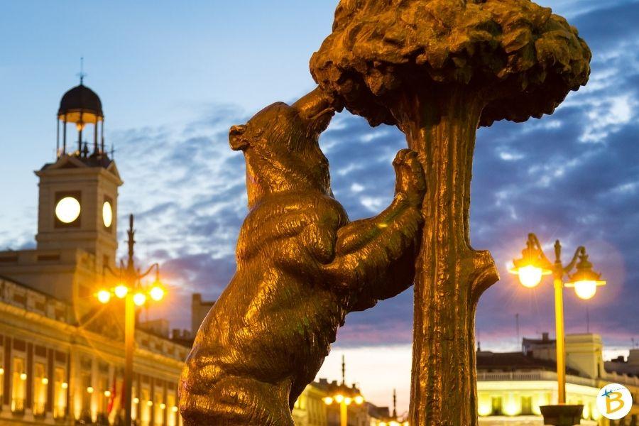 Tour piazze Madrid - Statua dell'Orso e del Corbezzolo